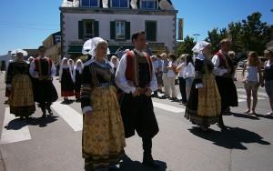 parade en costume breton